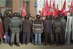 УБОП Воронежа пытал организатора митинга