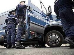 Францию захлестнула волна самоубийств полицейских