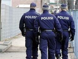 В Эстонии молодежь атаковала полицейских