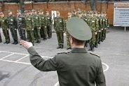 Сердюков признал, что расколол армию