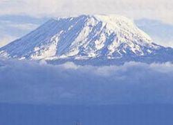 Знаменитая гора Килиманджаро останется без снега