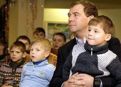 Зачем России решать демографическую проблему?