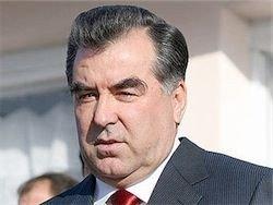 Президент Таджикистана освободил 10 тысяч заключенных