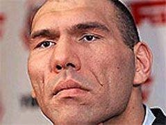 Валуев заявил, что давно готов к поединку с Кличко