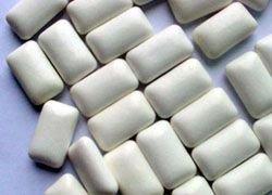 Диетологи: тучным поможет жвачка
