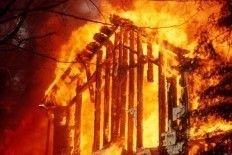 """Пожар в штабе \""""Наших\"""" разожгли  \""""Подрабята\"""""""