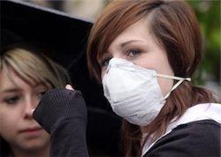 """В Британии \""""свиным гриппом\"""" заболели 100 тыс. человек"""