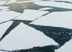 В Приморье четыре девочки провалились под лед