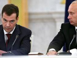 Медведев ведь может отправить Путина в отставку