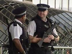 Британские спецслужбы опасаются нападения смертниц