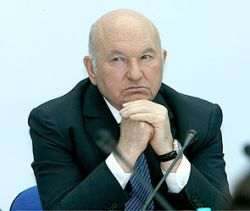 Немцов сравнил Лужкова с антихристом