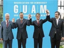 Алиев и Саакашвили теряют ум, а Турция - трубы