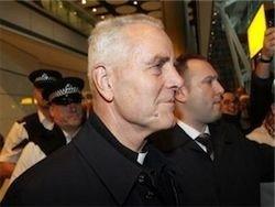 Германия засудит священника за отрицание Холокоста
