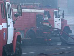 Пожар на томской АЗС тушат вторые сутки