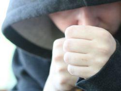 Как защитить ребенка от подростковой агрессии?
