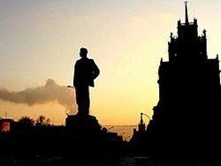 На Триумфальной площади решается судьба Конституции