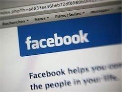 Британский гангстер управлял бандой из тюрьмы через Facebook
