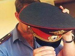 Милиционер устроил в подъезде тир