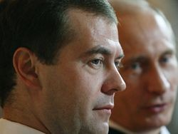 Названы 100 ведущих политиков России в январе