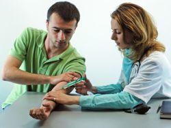 Противозачаточные прививки испытают на мужчинах