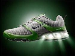 Спортивная фирменная одежда и обувь Nike Купите