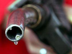 Сечин заставит нефтяников производить больше бензина