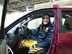 Виталий Петров участвовал в презентации Renault Sandero