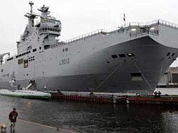 Франция предложила России сразу два вертолетоносца
