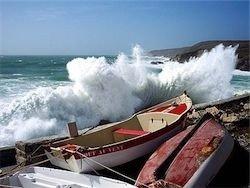 """Ураган \""""Ксинтия\"""" нанес Франции ущерб в миллиард евро"""