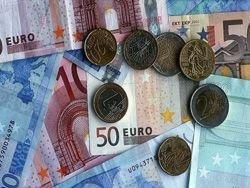 Немцам впервые после Второй мировой снижают зарплаты