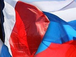 Франция: мы продаем России, но поддерживаем Грузию