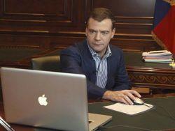 Медведев: в России появятся украинские телеканалы