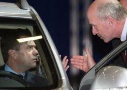 Суд рассмотрит право президента не пристегиваться в машине