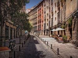 В Испании становится все жарче