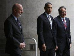 Директор ЦРУ объявил об отставке своего заместителя