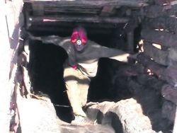 Нелегальные шахты Украины: жизнь в обмен на черное золото
