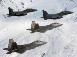 ВВС США объединят F-22 и F-15 в боевое звено