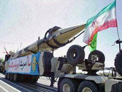 Иран показал новейшую военную технику во время парада