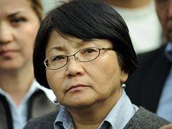 Киргизия: Бакиева хотят заменить Отунбаевой