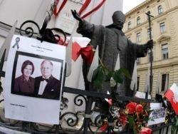 Янукович не захотел присутствовать на погребении Качиньского