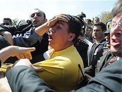 Учитель физкультуры сломал нос турецкому министру
