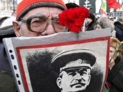 Ветераны просят не оскорблять россиян изображениями Сталина