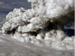 Четыре из пяти воздушных зон Украины закрыты из-за облака пепла