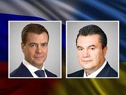 Медведев летит в Киев спасать флот и продавать газ