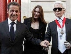 Карл Лагерфельд получил высшую награду Франции