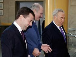 Медведев опасается давать Киргизии кредиты