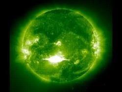 Солнце издает звуки органа