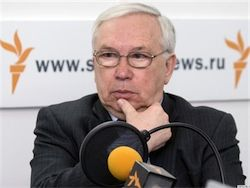 Владимир Лукин отложил доклад в Госдуме