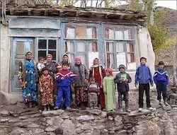 Таджики Киргизии просят защиты у Душанбе