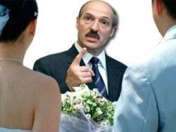Лукашенко заглянет в каждую кровать